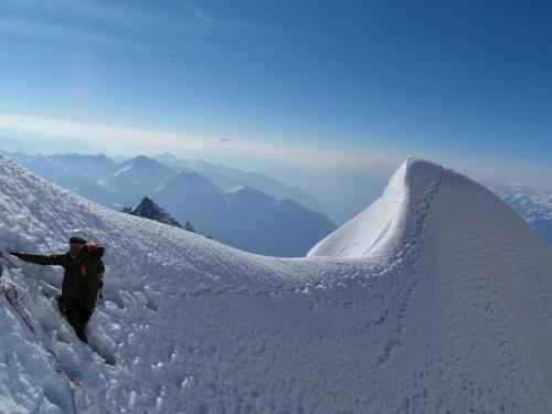 Kuffner-Arete-Chamonix-Mont-Blanc