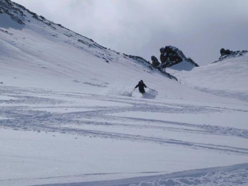 Skiing-Powder-in-the-Silvretta-Austria