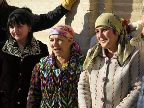 Uzbek-Ladies