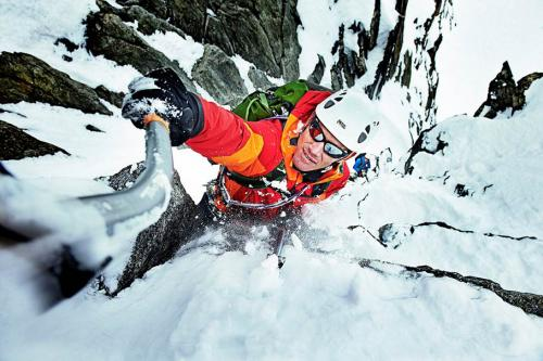 Winter-Climbing-in-Chamonix