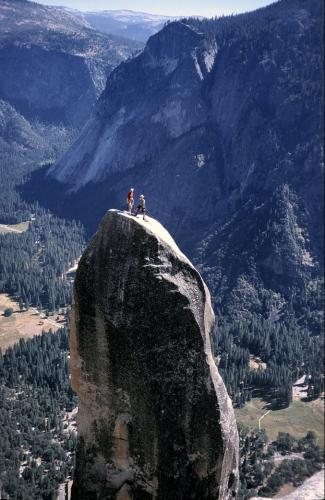 Lost-Arrow-Spire-Yosemite